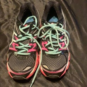 ASICS athletic / running shoes